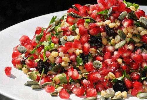 рецепт салата из фасоли и грецким орехом