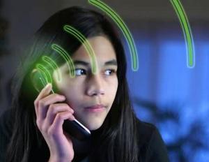 Zashita-ot-izluchenija-mobilnogo-telefona