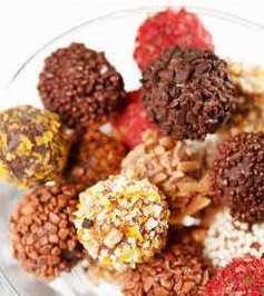 Домашние конфеты из сухофруктов с орехами
