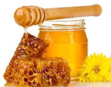 Лечение горла медом