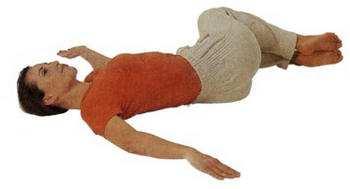 Uprazhnenie-perekatyvanie-kolenej 1
