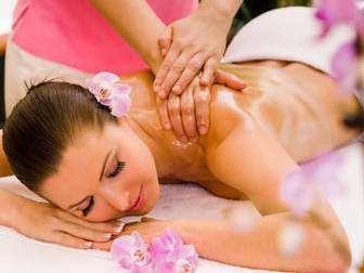 Tehnika-medovogo-massazha-v-domashnih-uslovijah