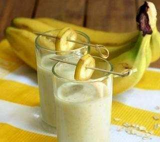 Bananovyj-smuzi-s-ovsjankoj