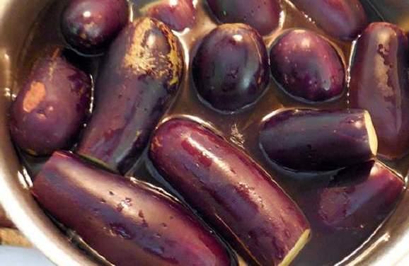 Квашеные баклажаны - второй шаг приготовления