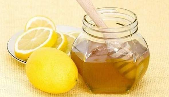 Мед с лимоном от боли в горле